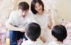 【美天棋牌】双胞胎女儿一周岁生日,张杰晒全家福感慨时间过得太快