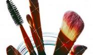 【美天棋牌】化妆教程 2020 粉底霜在哪个步骤用 粉底霜的涂抹方法
