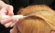 【美天棋牌】漂发前要不要洗头 头发比较油时漂染的好处