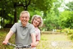 【美天棋牌】对中年婚姻的感情将怎么变化?