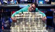 【美天棋牌】WSOP历史上的本周:两个精彩瞬间和Phil Ivey现身主赛Day1c