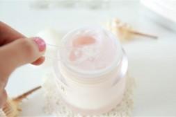 【美天棋牌】韩国多特海伦面霜真可以淡斑 可以白天使用吗
