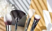 【美天棋牌】化妆教程 派对季如何让妆容更持久!