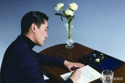 【美天棋牌】胡歌捐缝纫机给繁花剧组 力求还原老上海的时髦气韵