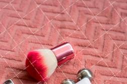 【美天棋牌】化妆教程 北京化妆学校教学——快速淡妆化妆技巧