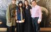 【美天棋牌】郭碧婷陪着向佐参加安以轩女儿的双满月宴