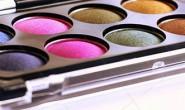 【美天棋牌】化妆教程 2021化妆师去那个学?化妆师培训班那个好?