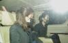 【美天棋牌】吴孟达遗孀与儿子同车离开灵堂,母子俩神情哀痛