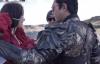 【美天棋牌】古天乐剧组帮娜扎整理头发,俩人相差22岁却演情侣