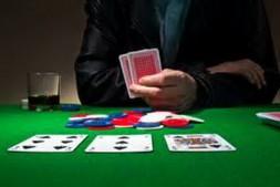 【美天棋牌】Ed Miller谈扑克:观察公共牌结构