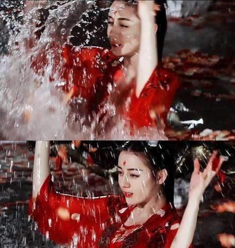 【美天棋牌】迪丽热巴《枕上书》多次落水 湿身画面性感撩人