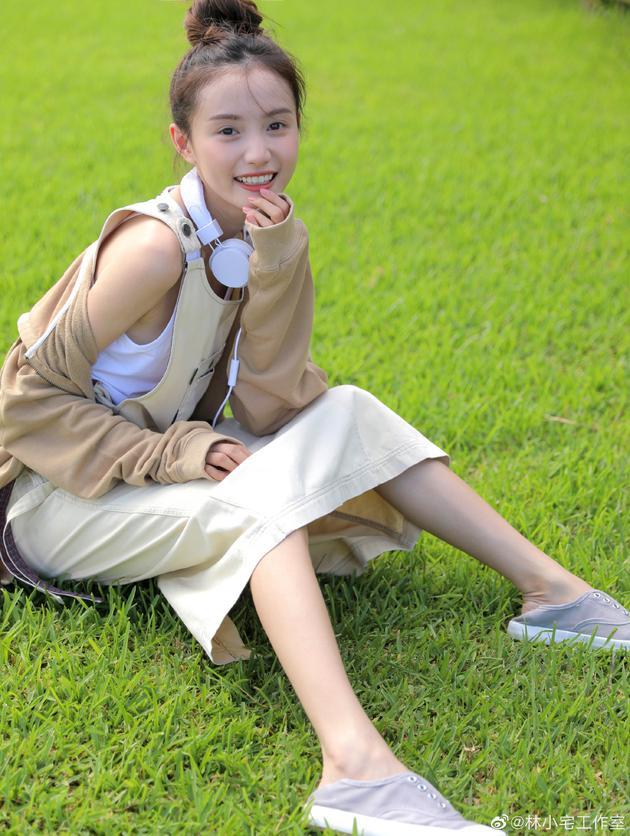 【美天棋牌】林小宅舞蹈涉嫌抄袭 编舞老师发文道歉