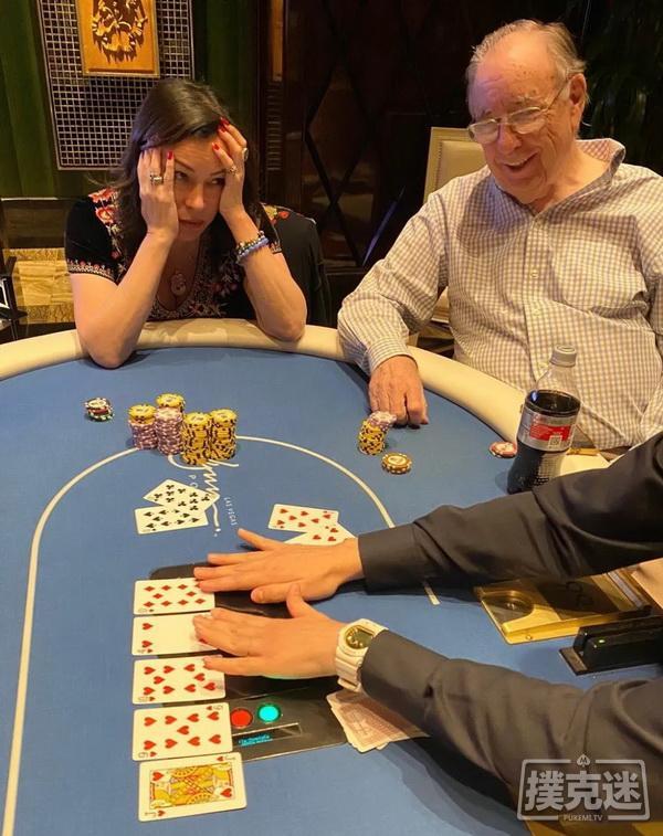 【美天棋牌】Jennifer Tilly击中四条仍输掉16万美元的底池