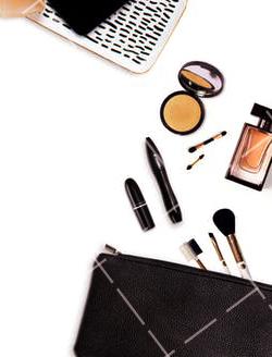 【美天棋牌】化妆教程 2020 新手如何去专柜挑买化妆品 专柜粉底试色注意事项