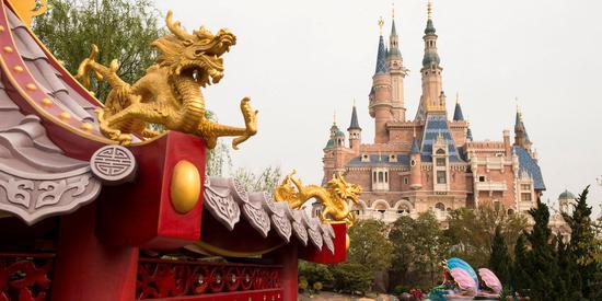 【美天棋牌】上海迪士尼乐园重新开放 计划每周增加5000人的容量