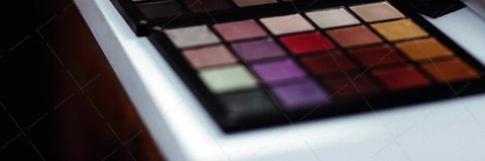 【美天棋牌】化妆教程 蓝色眼线妆教程 我见过得最美蓝色眼妆