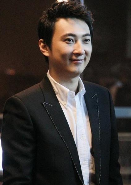 【美天棋牌】王思聪熊猫互娱周边拍得13.8万 悉数用于破产清算