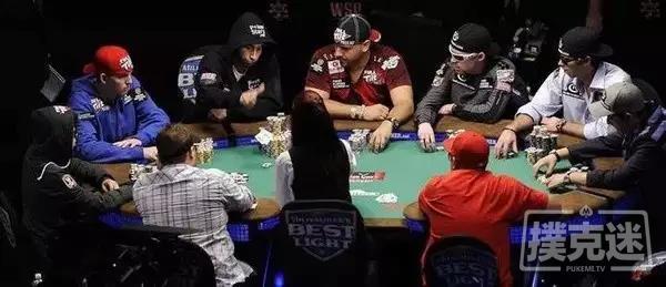 【美天棋牌】德州扑克慢打技术的正确使用时机