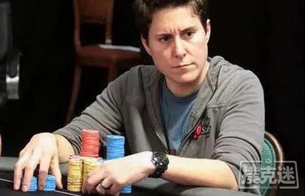 【美天棋牌】请个扑克明星当德州扑克教练得花多少钱?