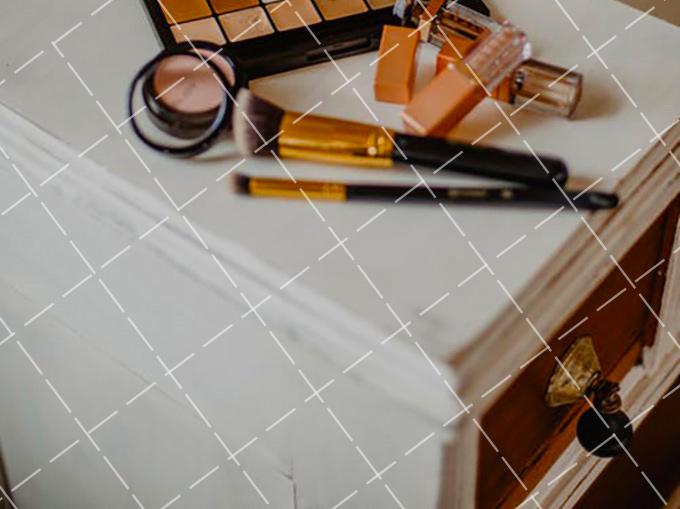 【美天棋牌】化妆教程 学韩星画棕色眼线,裸妆淡妆最适合的眼妆颜色哟