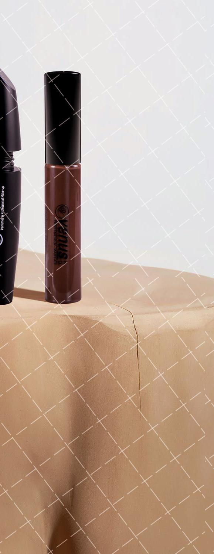 【美天棋牌】化妆教程 唇彩和唇蜜的区别有哪些?
