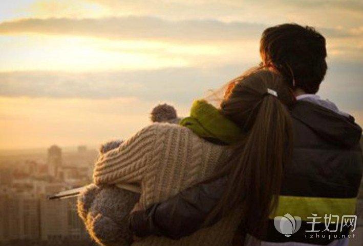 【美天棋牌】爱一个在乎你的人,而不是一个让你受苦的人