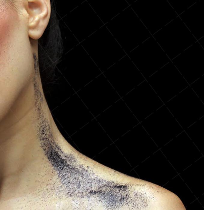【美天棋牌】化妆教程 如何画眼影,不能错过的奢华金色眼影