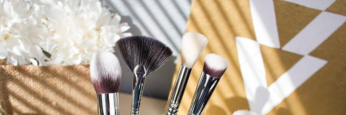 【美天棋牌】化妆教程 化妆前需要敷面膜吗?化妆前需要做哪些准备工作?
