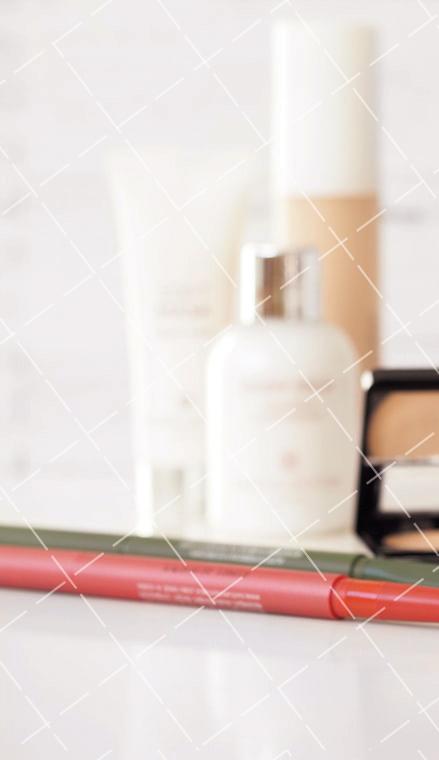【美天棋牌】化妆教程 遮瑕膏的选购小窍门,根据肤色来选合适色号