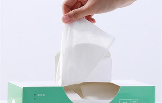 【美天棋牌】洗脸巾怎么擦脸 洗脸巾跟洗脸扑的区别是什么