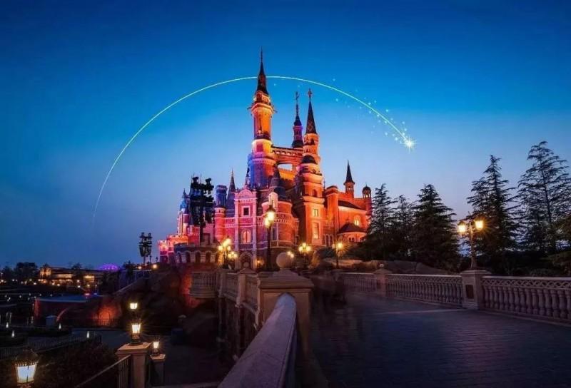【美天棋牌】上海迪士尼调整入园政策 不再需要预约进场