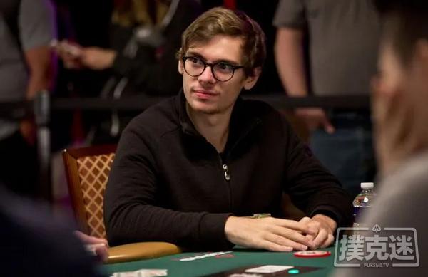 【美天棋牌】Fedor Holz单挑赛夺冠,赢得第二条WSOP金手链