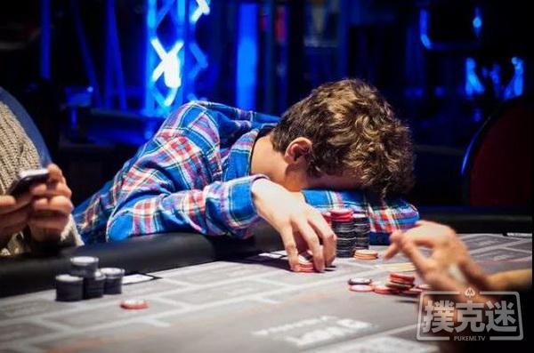 【美天棋牌】德州扑克中避免陷入牌局困境最简单粗暴的一招