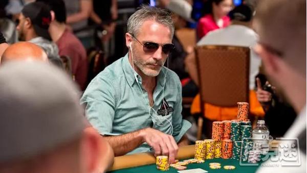 【美天棋牌】Damian Salas在WOC主赛事决赛桌保持领先