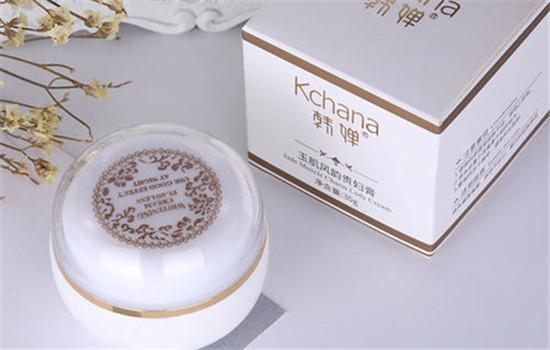 【美天棋牌】贵妇膏擦了对皮肤会伤害吗 贵妇膏的正确使用方法