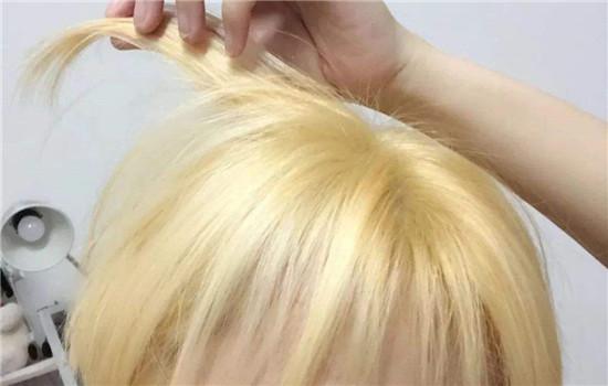 【美天棋牌】漂发的危害性有多大 漂发后当天可以染发吗