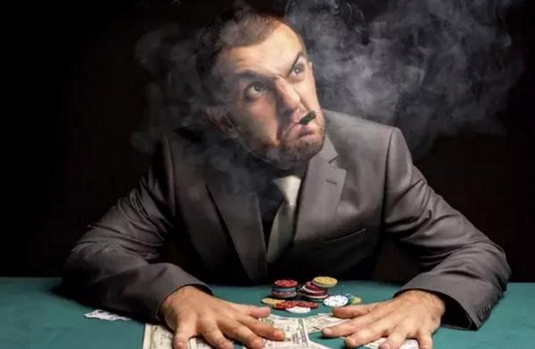 【美天棋牌】德州扑克的天时地利人和