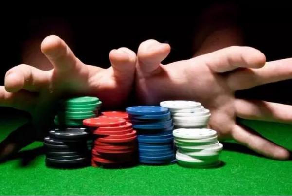 【美天棋牌】德州扑克自我学习的四种方式
