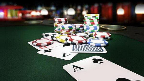 【美天棋牌】恋爱和德州扑克
