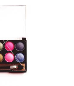 【美天棋牌】化妆教程 2021「西安化妆培训」口碑好的化妆学校西安有没有?