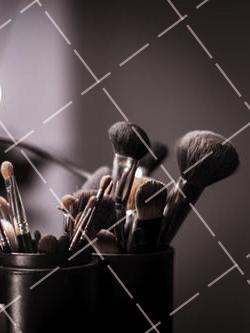 【美天棋牌】化妆教程 2021宜宾可以去哪些学地方学化妆?现在学习化妆好不好?