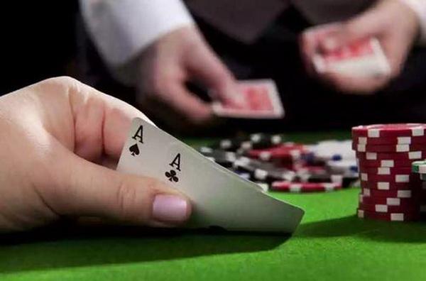 【美天棋牌】德州扑克不要迷恋上一手牌