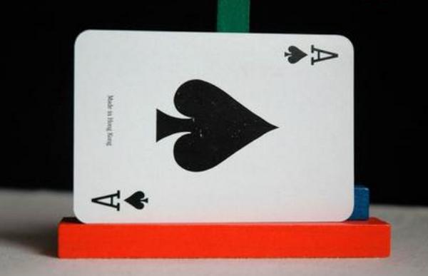 【美天棋牌】骄傲与德州扑克