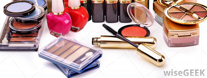 【美天棋牌】化妆教程 2021学习化妆学校对化妆学子来说要注意哪些比较重要?