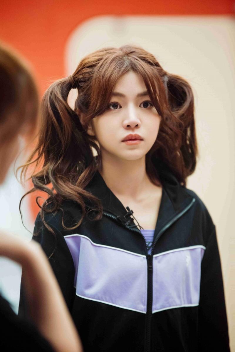 【美天棋牌】乘风破浪的姐姐2热播中 陈妍希献温柔鼓励队友超暖心