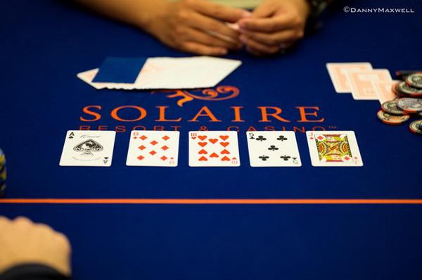 【美天棋牌】德州扑克对于河牌圈check-raise的再思考