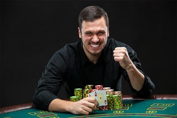 【美天棋牌】让我来给你个玩扑克扑克的理由!
