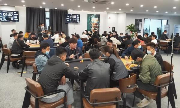 【美天棋牌】2021SCPT泉城杯   肖玉城领衔22人进入下一轮,徐代林遗憾成为本届泡沫!