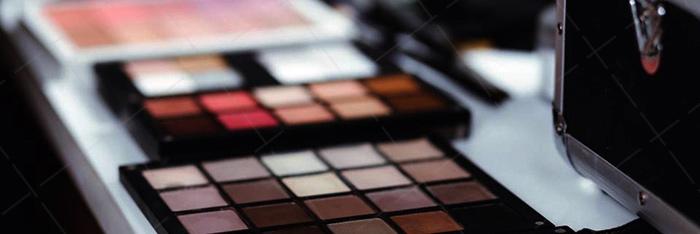 【美天棋牌】化妆教程 2021成都哪家化妆学校的教学质量高能学技术?