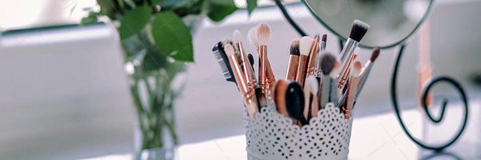 【美天棋牌】化妆教程 2021怎么才能学好化妆成为一名优秀的化妆师呢?